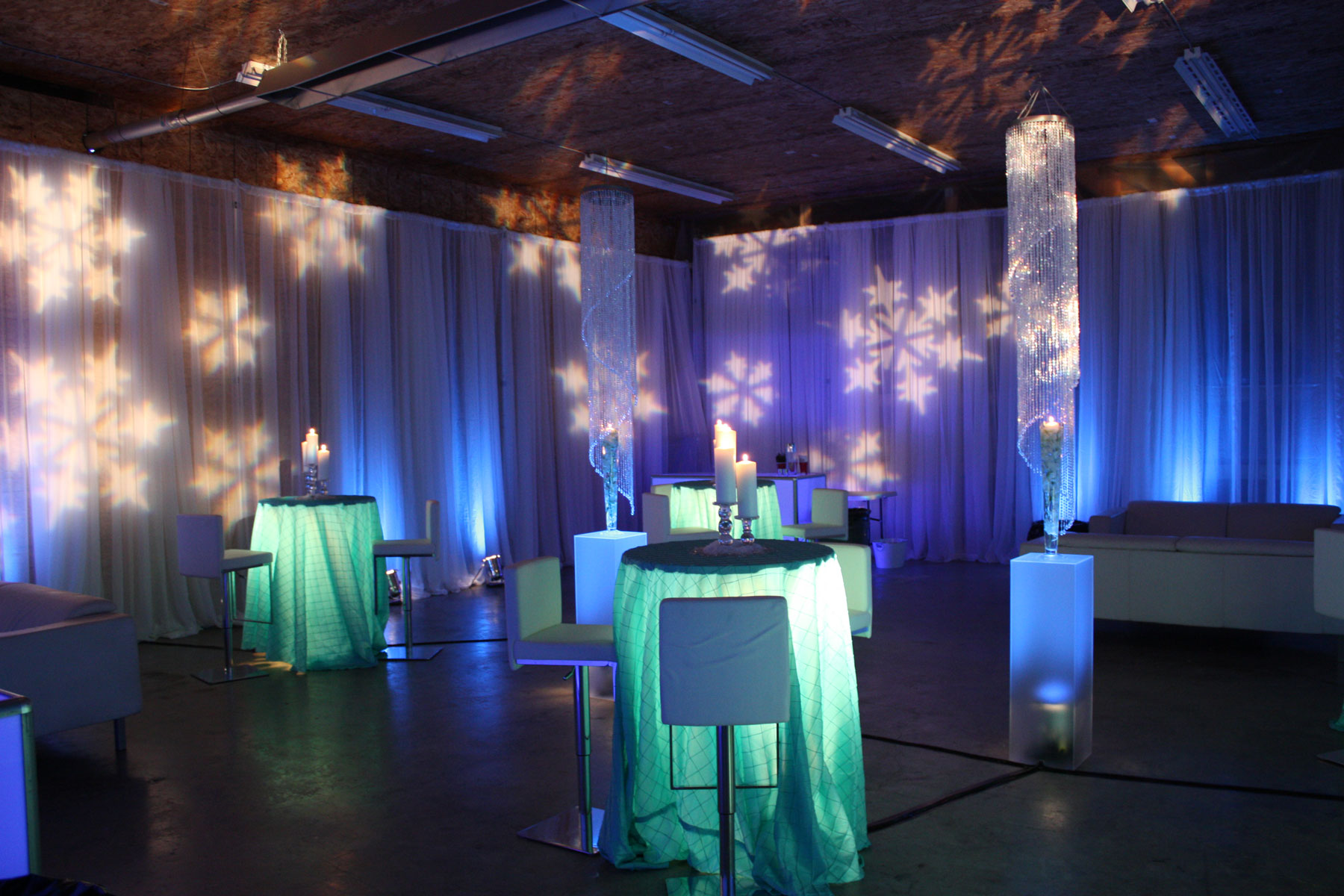 Snowflake Lighting - Christmas - Winter Holiday Party - Vancouver corporate holiday decor - christmas decoration - home party - draping - lighting - lounge furniture